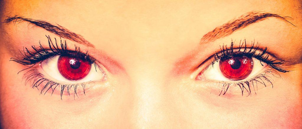 Farblinsen Auge