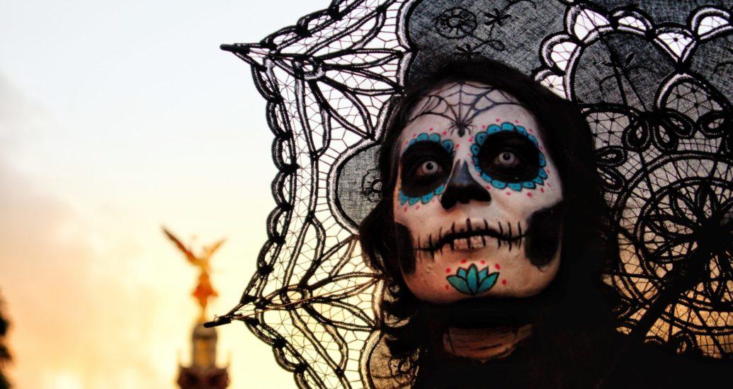 Farblinsen zu Halloween