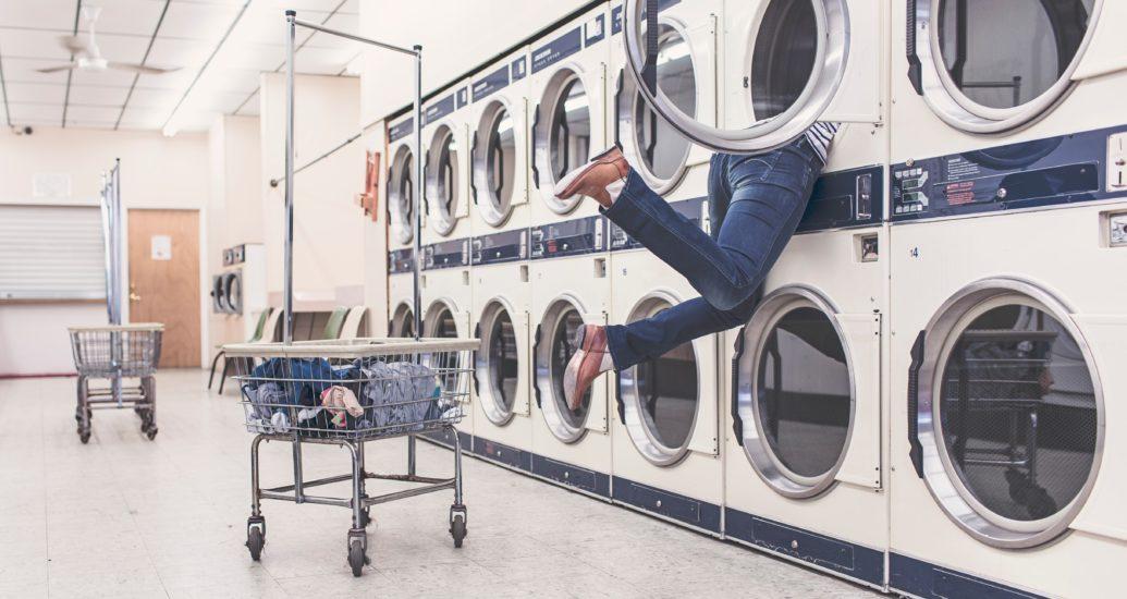 La pulizia è divertente: Le regole più importanti per l'igiene delle lenti a contatto e dei loro utilizzatori (non solo ai tempi del coronavirus)